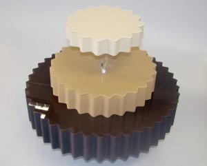 tort-stojak z plexi i styroduru
